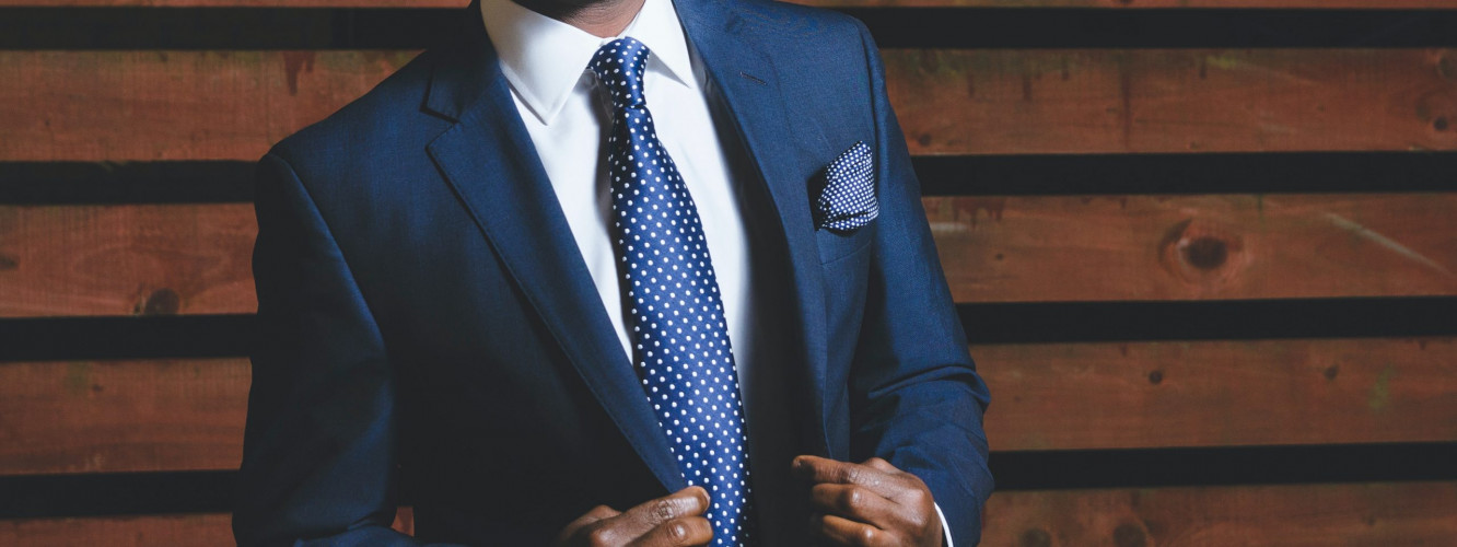 How To Dress For Success In Your Next Interview logo